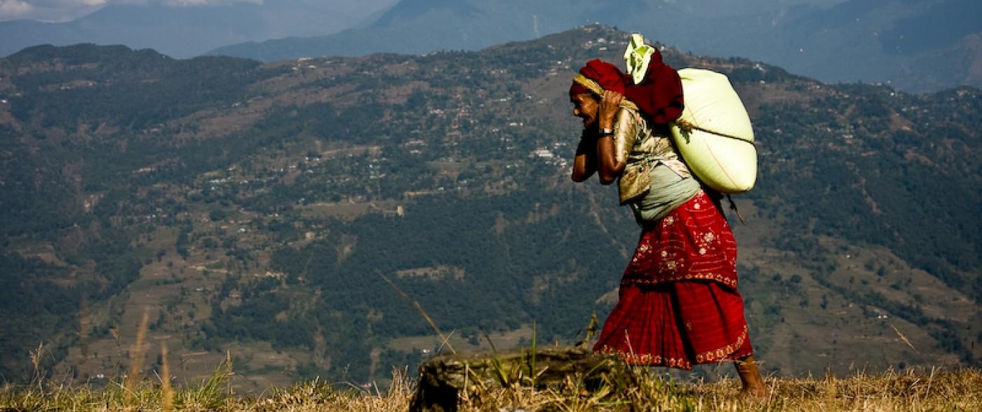 Meer hulp van Dhading naar Kathmandu